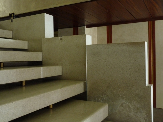 Negozio Olivetti - Detalle de Escalera
